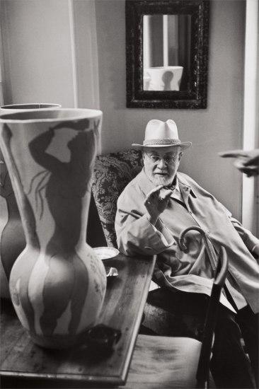 Henri Matisse observing a ceramic vase by Pablo Picasso, Saint-Jean-Cap-Ferrat