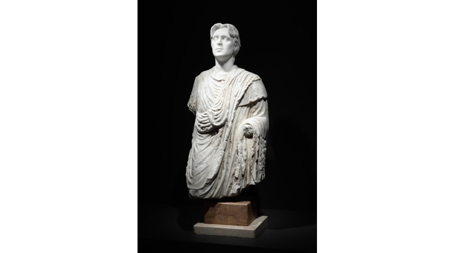 FRANCESCO VEZZOLI Antique Not Antique: Self-Portrait as a Crying Roman Togatus, 2012