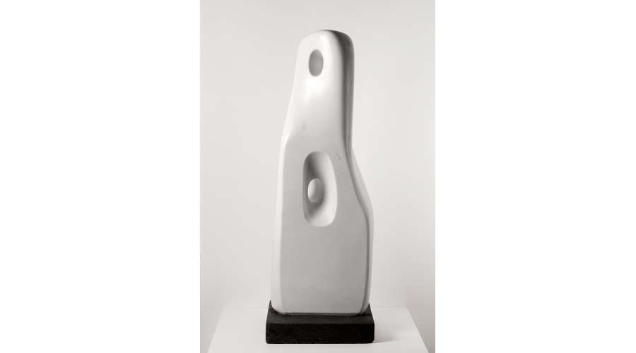 Barbara Hepworth Totem, 1960–62. Marble. The Hepworth Wakefield (Wakefield Permanent Art Collection), donated by Eric and Jean Cass through the Contemporary Art Society, 2012, © Bowness