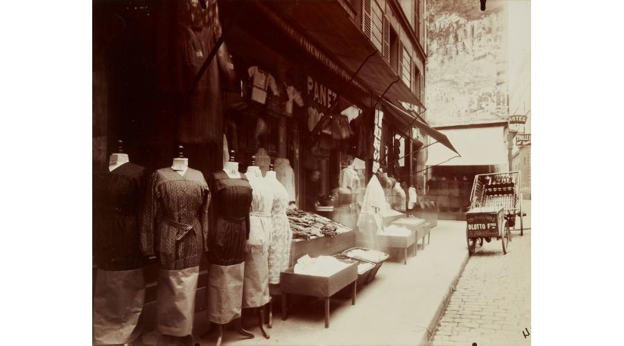 EUGÈNE ATGET Rue Mouffetard, 1925