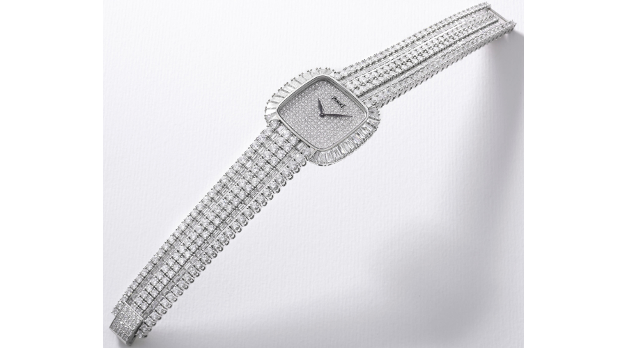 PIAGET Ref. 77280, a magnificent white gold and diamond-set wristwatch with bracelet and box