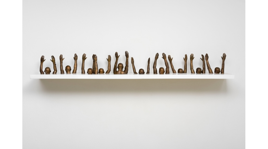 HANK WILLIS THOMASRaise Up, 2014 ©Hank Willis Thomas, courtesy of the artist and JackShainmanGallery, New York.