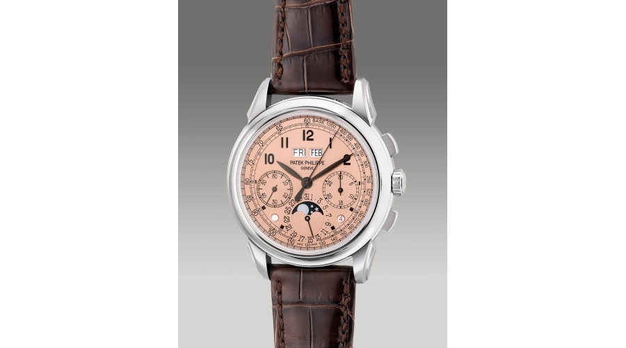 PATEK PHILIPPEreference 5270P-001, A highly attractive and important platinum chronograph wristwatch with salmon dial, perpetual calendar, day/night indication, moonphases, leap year, additional case back, original Certificate of Origin and fitted presentation box, circa 2019. Provenance: Property of a distinguished private collector