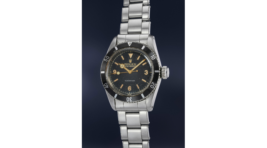 """A highly rare, important and well-preserved stainless steel RolexSubmariner Ref. 6200 with black lacquer """"explorer"""" dial and bracelet"""