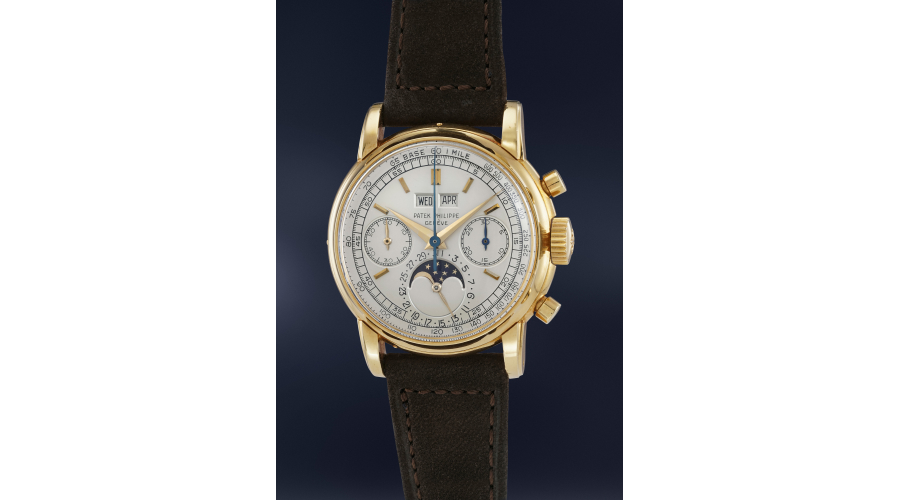 An extremely rare, highly important and well preserved yellow gold perpetual calendar chronograph Patek Philippe Ref 2499 with moonphases, from the personal collection of Jean-Claude Biver