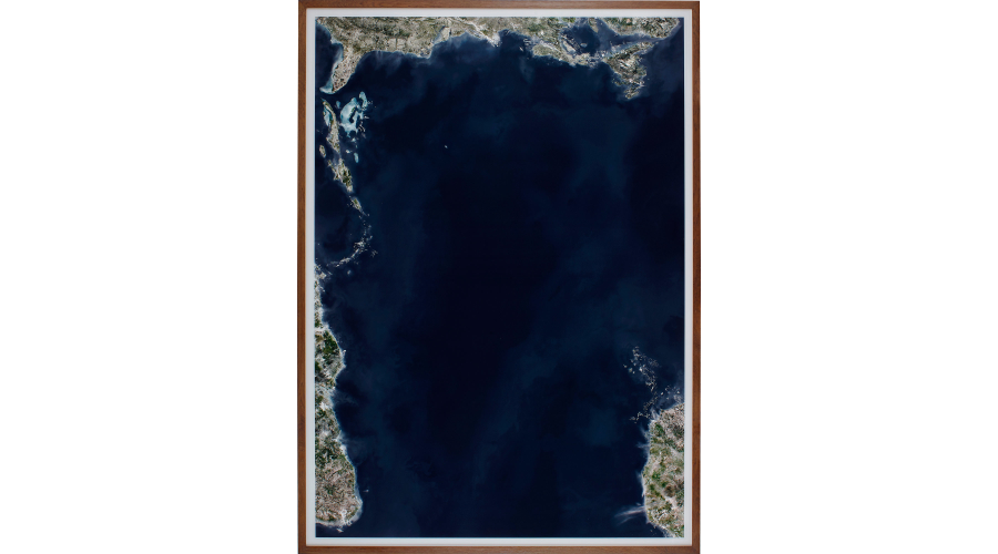 ANDREAS GURSKY Ocean VI, conceived in 2010 and printed in 2012.