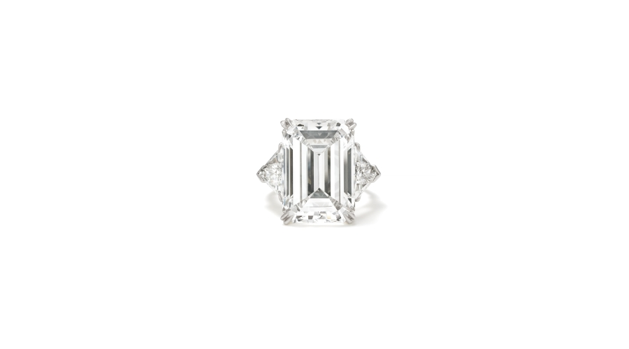 HARRY WINSTON. An Important Diamond and Platinum Ring