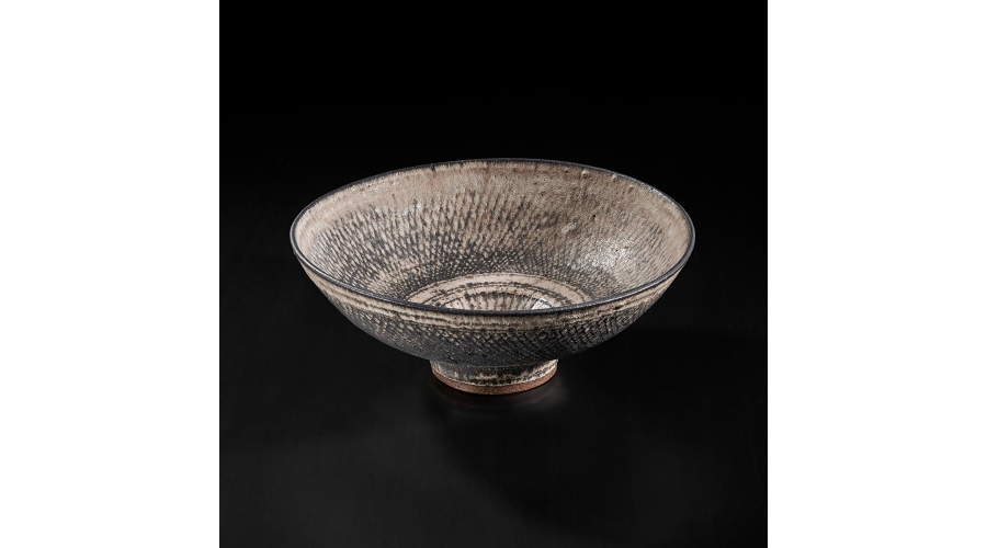 LUCIE RIE Monumental 'knitted' bowl