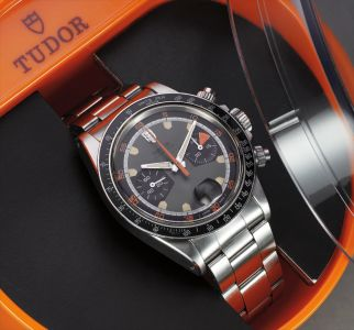 A fine and rare stainless steel chronograph wristwatch with bracelet and fitted presentation box