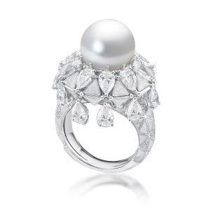 Full Circle Arabian Pearl Ring, 18 karat white gold with fancy-shaped diamonds, Arabian pearl and mother of pearl enamel