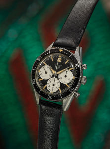 HEUER An extremely rare and fine stainless chronograph wristwatch with big subsidiary dials and large bezel, Autavia Big Subs, 1st execution dial, reference 2446M, manufactured in 1962.