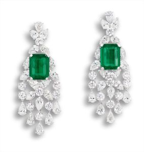 GraffA Glamourous Pair of Emerald and Diamond Pendent Earrings, Graff