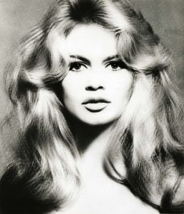 RICHARD AVEDON Brigitte Bardot, hair by Alexandre, Paris, January 27, 1959