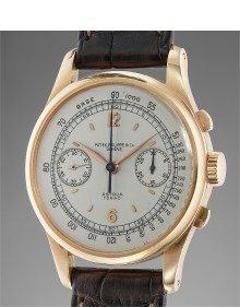 Patek Philippe - An extremely rare, large and very attractive pink gold chronograph wristwatch with off-white dial retailed by Astrua Torino