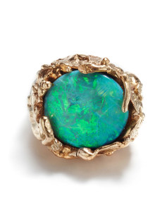NoArtist - A Gold and Opal Ring