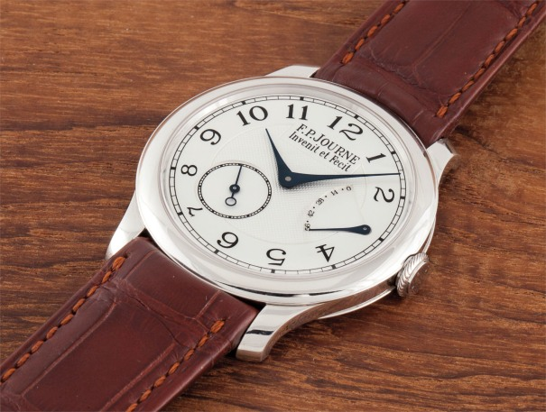 A fine platinum wristwatch with power reserve