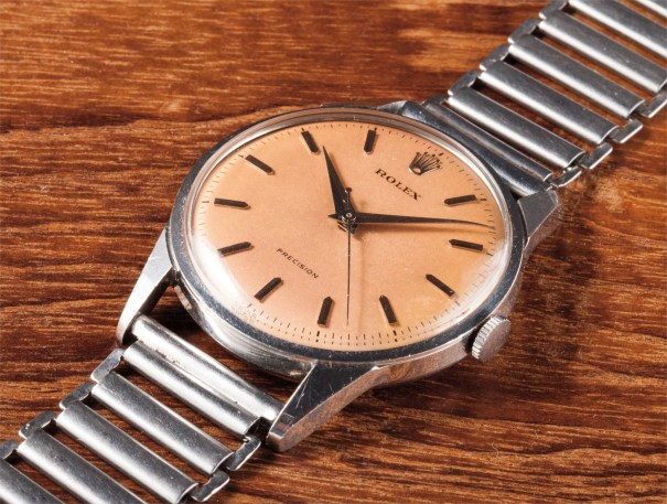 A very rare and attractive stainless steel wristwatch with centre seconds and salmon dial