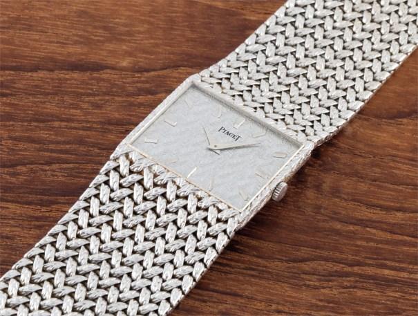 A fine and rare 18k white gold bracelet watch