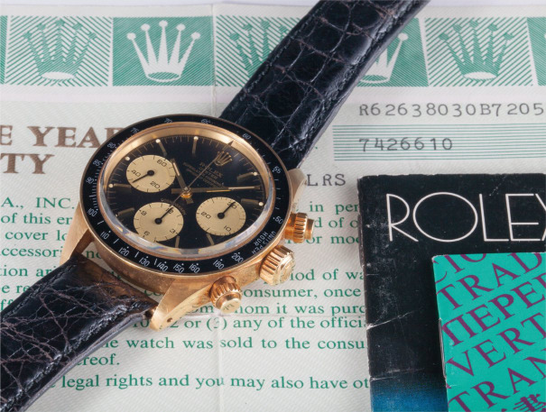 A very rare and attractive yellow gold chronograph wristwatch with certificate and box, formerly in the collection of Antonio Cabrini
