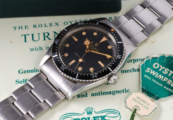 An extremely well preserved stainless steel wristwatch with bracelet, box and hangtags