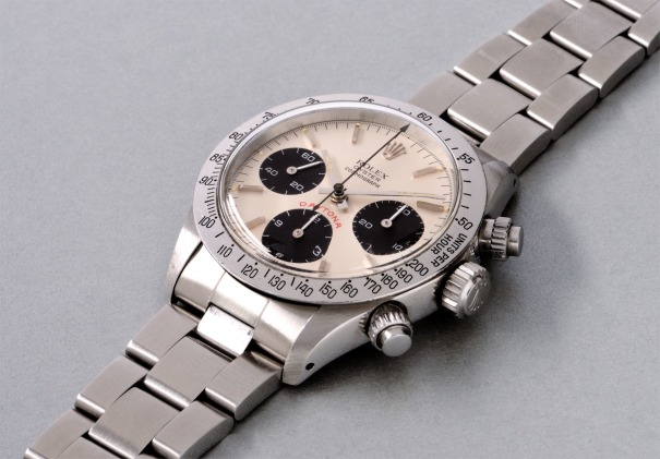 A highly attractive and rare stainless steel chronograph wristwatch with silvered dial and bracelet