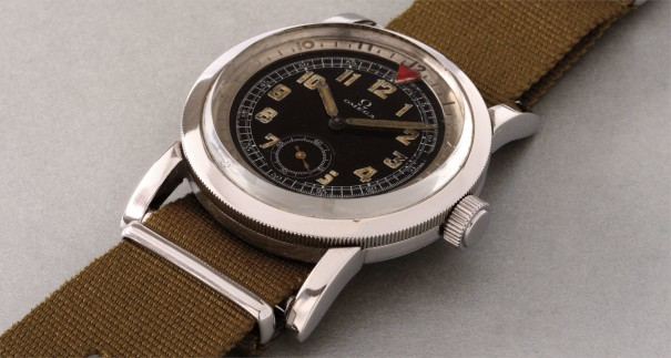 A rare and attractive stainless steel aviators wristwatch with black dial and revolving bezel