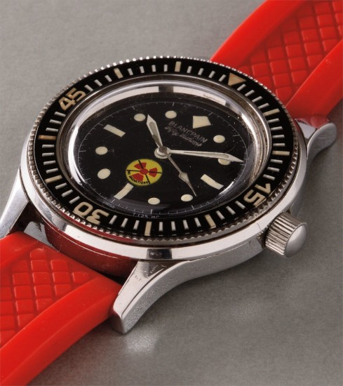 """A rare and very attractive stainless steel diver's wristwatch with """"No Radiations"""" black dial, made for the German army"""