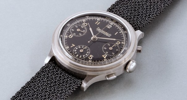 An oversized and attractive stainless steel chronograph wristwatch with black dial and tachymeter scale