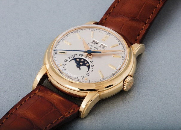 A very rare and important yellow gold perpetual calendar wristwatch with moon phases, center seconds and screw-back, formerly the property of Antenor Patiño Jr