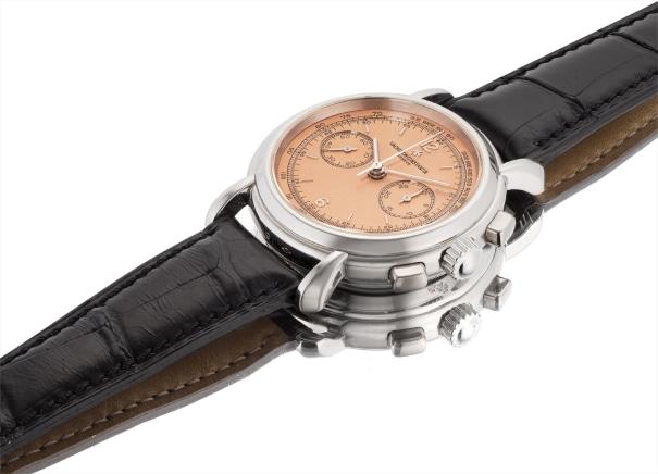 A fine platinum chronograph wristwatch with salmon dial