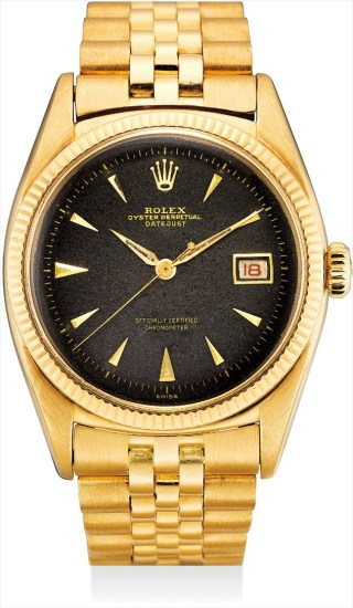 A very rare yellow gold wristwatch with sweep centre seconds, date, black lacquer dial and bracelet