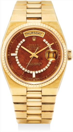 A fine and rare yellow gold and diamond-set calendar wristwatch with sweep centre seconds, mahogany dial and bracelet