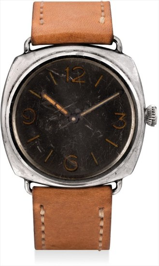 A fine and very rare stainless steel cushion-shaped military diver's wristwatch