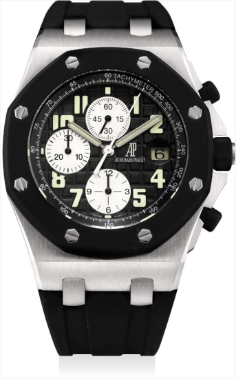 A stainless steel chronograph wristwatch with date and rubber bezel