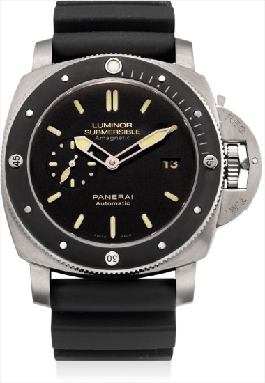 A fine titianium limited edition cushion-shaped anti-magnetic wristwatch with date and ceramic bezel