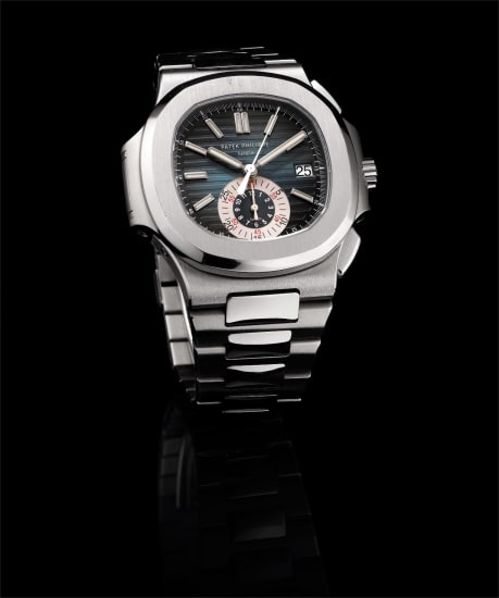 A fine stainless steel flyback chronograph bracelet watch with date