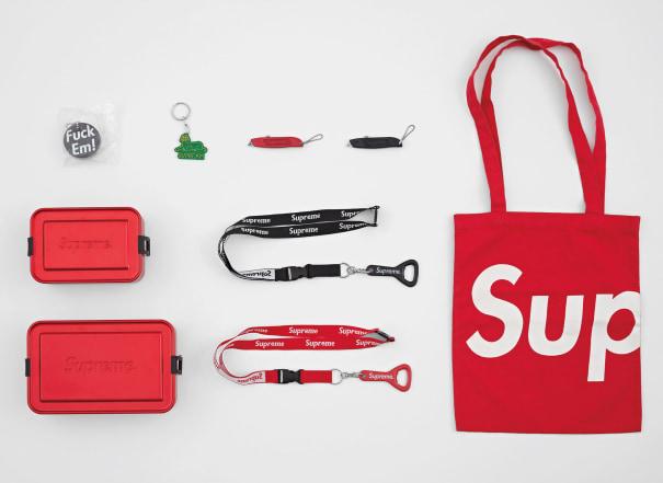 Supreme Accessories Set (9 items)
