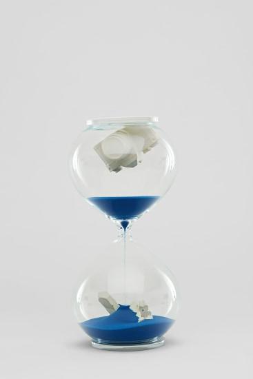 Hourglass (Blue)
