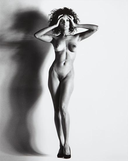 helmut-newton-big-nude