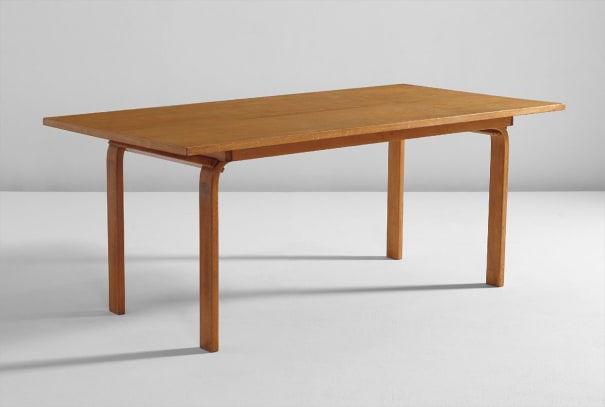 """""""Camel"""" table"""