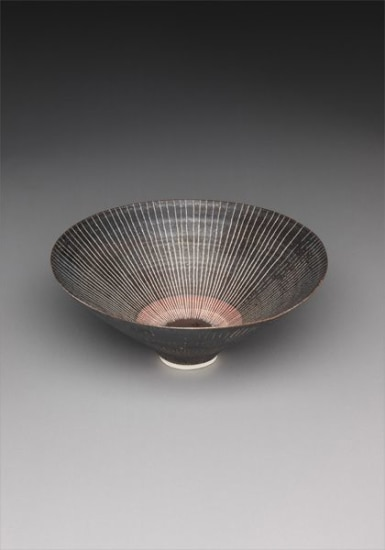 Conical bowl
