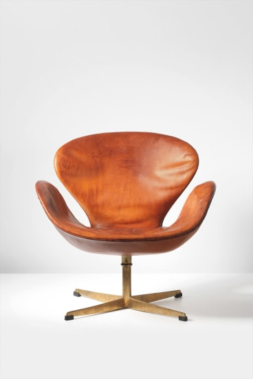 Strange Arne Jacobsen Swan Swivel Chair Designed For The Royal Beatyapartments Chair Design Images Beatyapartmentscom