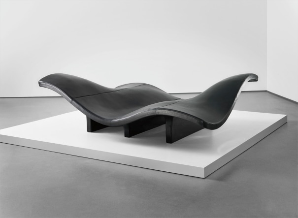 'Waves' sofa, model no. EJ 142