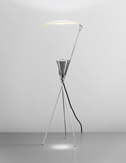 Table lamp with adjustable shade, from the 'Ustorio' series