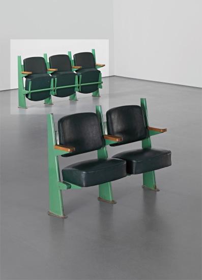 Row of three lecture theatre chairs with adjustable seats, designed for the Faculté de Lettres, Université de Besançon