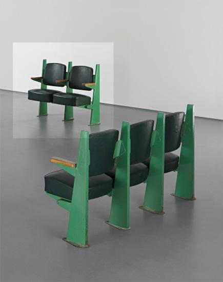 Row of two lecture theatre chairs with adjustable seats, designed for the Faculté de Lettres, Université de Besançon