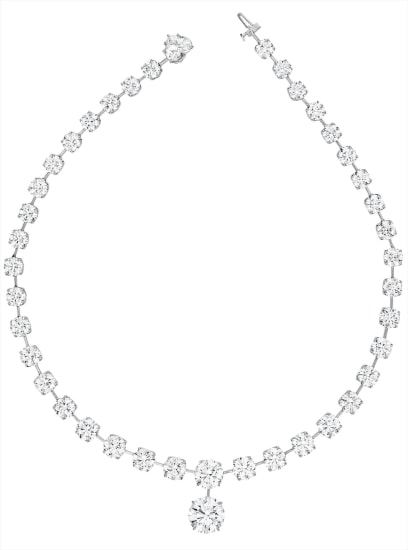 An Exquisite Diamond Necklace