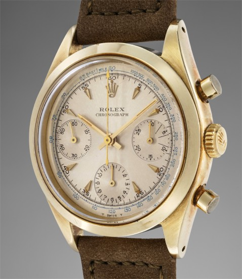 A highly rare and remarkably well-preserved 14K yellow gold chronograph wristwatch with guarantee, numbered hang tag and fitted presentation box