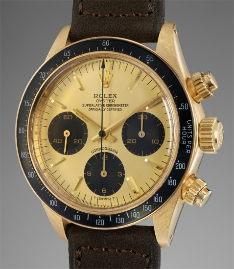 A fine, rare and well-preserved yellow gold chronograph wristwatch