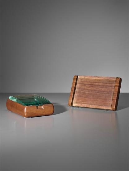 Picture frame and cigarette box, model no. 1132